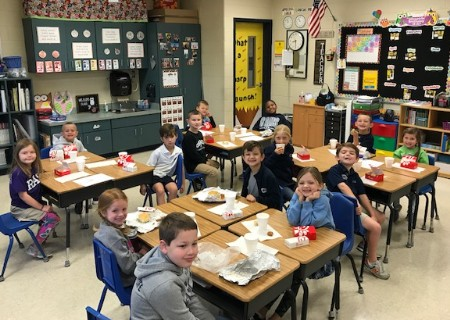 Mrs. Eller's Class wins Battle of the Bottle Competition