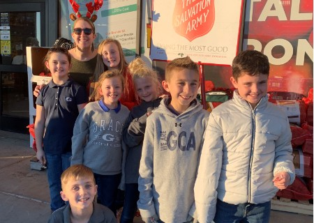 Joshua Crew Serves During Christmas Season